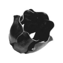 R 136/7 kovácsoltvas levelek, virágok