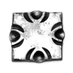 R 94/A/5 kovácsoltvas talplemezek, takarások